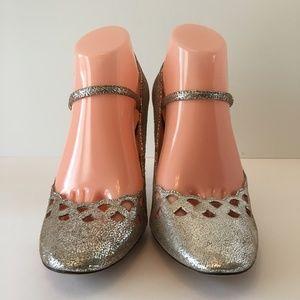 New Steven by Steve Madden Silver Heels Sandals